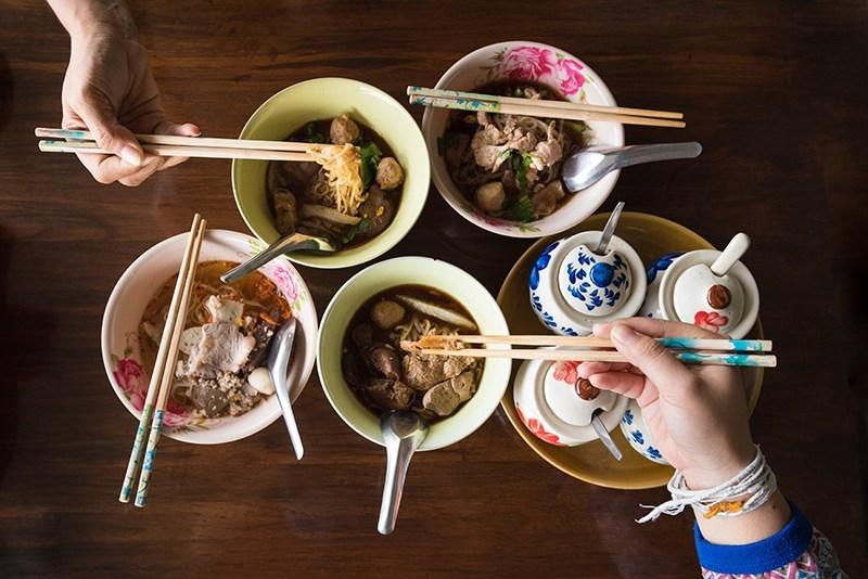 """美食觀光:在任何語言中泰國意味著""""美食"""""""