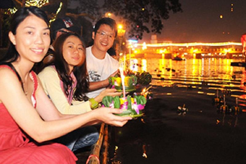 泰國最美麗的節慶,許一個浪漫水燈節