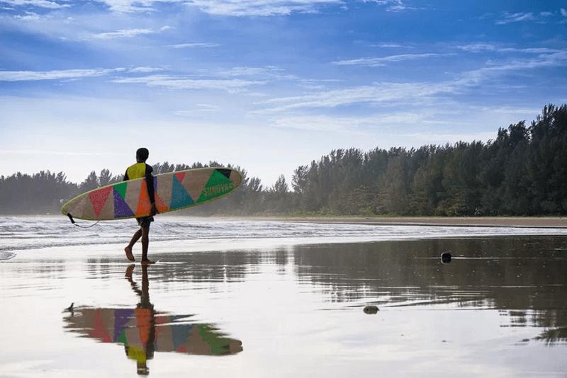 """泰國觀光局在這個衝浪季節推出了""""2018普吉+拷叻衝浪系列"""""""